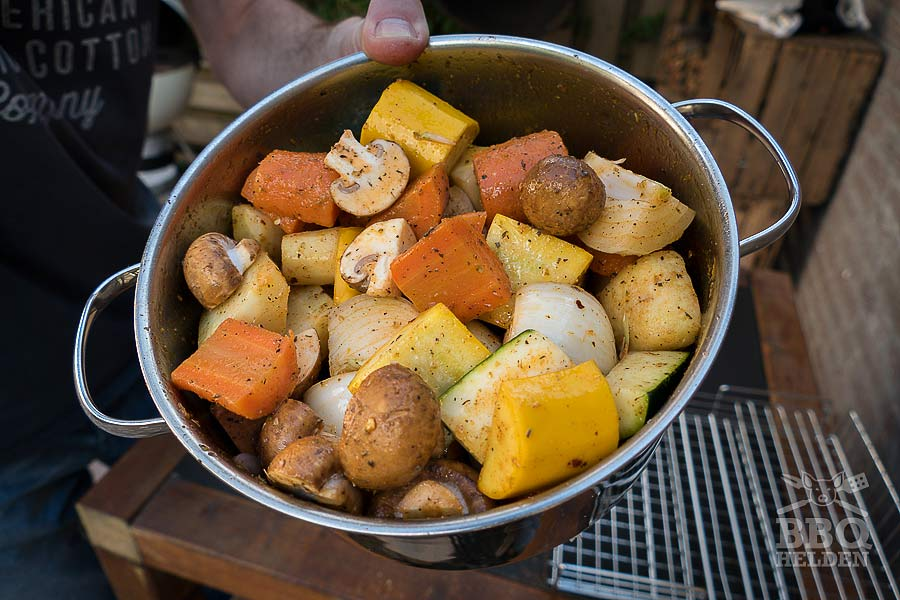 cut vegetables in dry rub