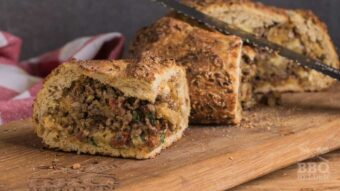 Stuffed bread with seasoned ground beef