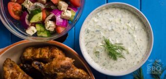 Greek tzatziki with honey